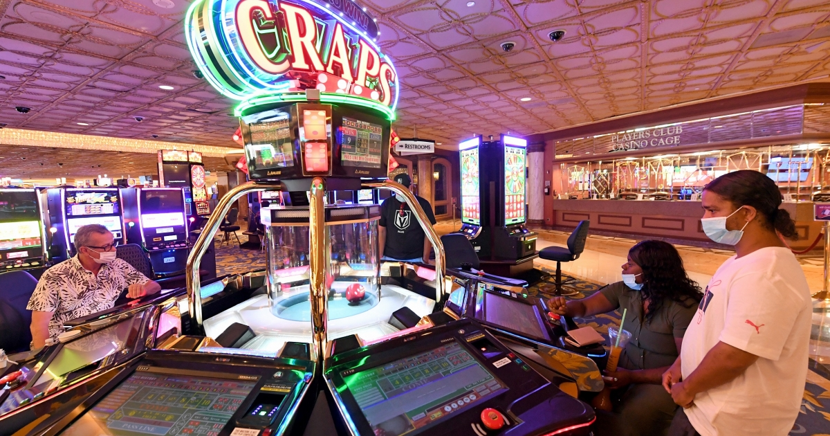 Discovering Customers With Gambling Tricks
